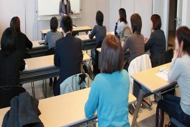 企業向けのセミナー・職場内グループワークについて